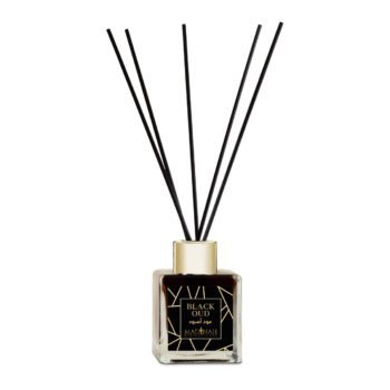 black oud reed diffuser bottle